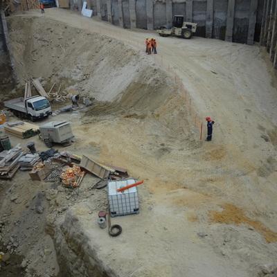 excavacion mall