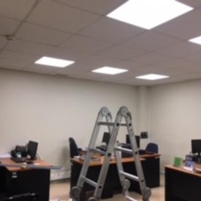 cambio a iluminacion led en oficinas publicas