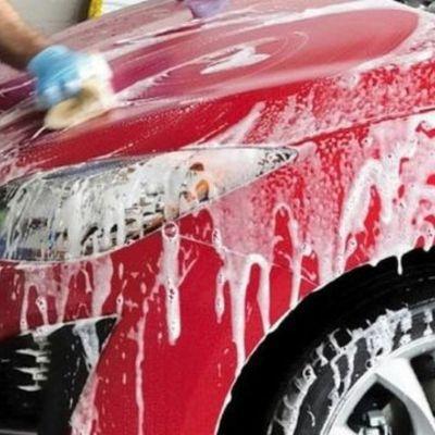 Lavado de vehículo.