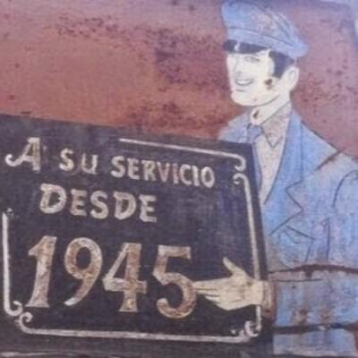 A su servicio desde 1945