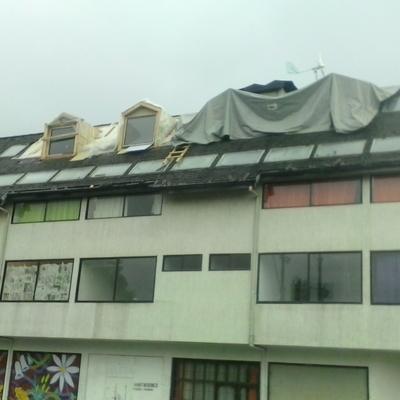 fabricación de casetas en el techo de hotel