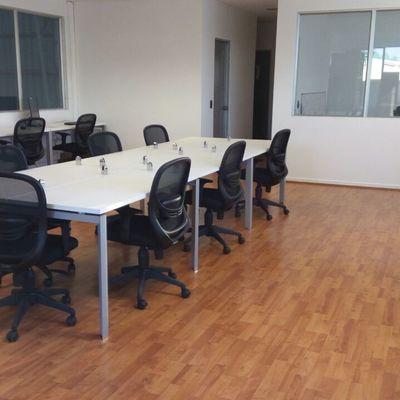Área operativa para oficinas en industria