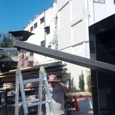 Proyecto ilumimacion monumento en escuela italiana de