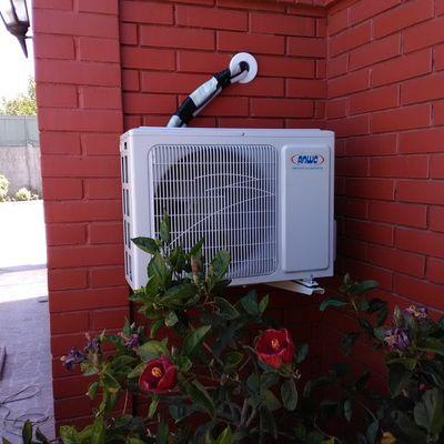 Instalación de condensadora a base muro