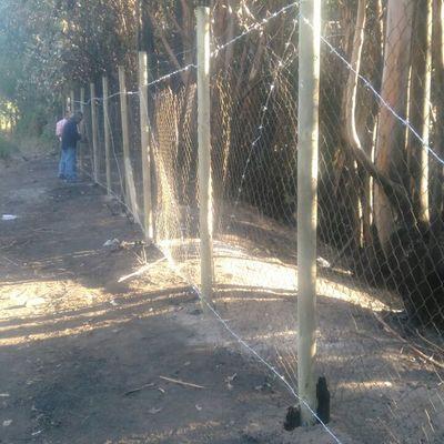 Instalación de cerco cierre perimetral en Condominio