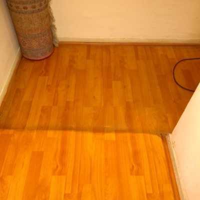 Limpieza de Acumulación de Ceras en piso Laminado