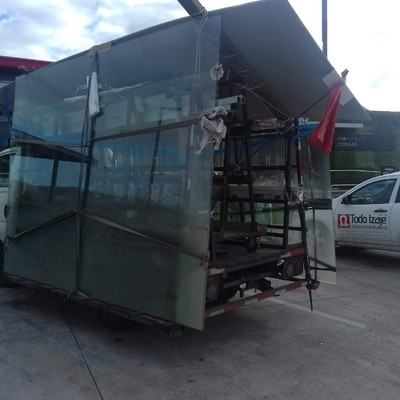 Trabajo en arica fabricación de local comercial mall plaza arica