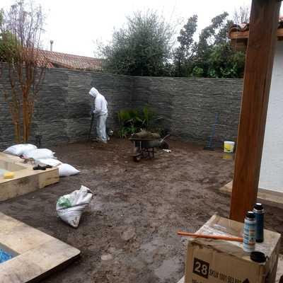 Construcción de Jardín