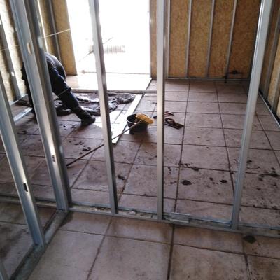 Afinado de piso para instalación de cerámicas