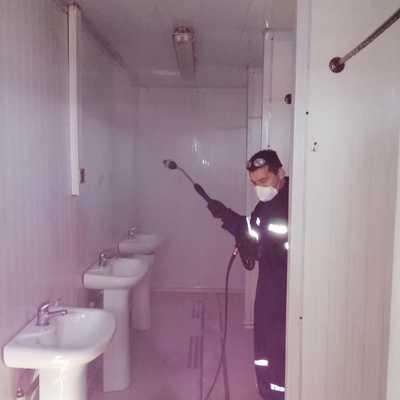 Limpieza y desinfección baños