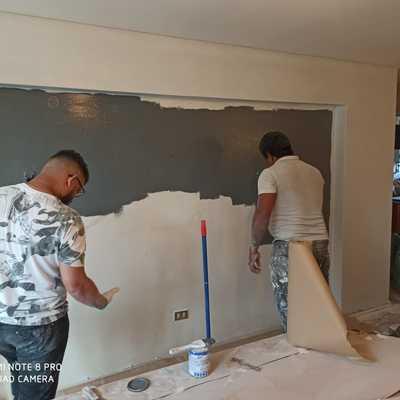 Reparación y pintura de muro