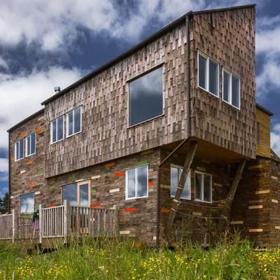 casa completa construida de paneles sip revestida en alerce