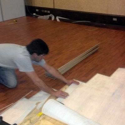instalacion de piso stand hp