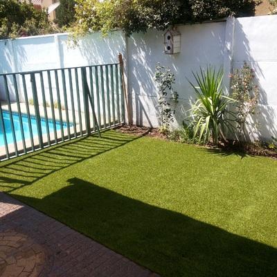 jardin  pasto sintetico