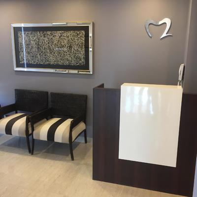 SALA DE ESPERA Y RECEPCION CLINICA DENTAL M2