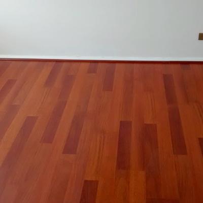 Instalación piso Flotante Departamento