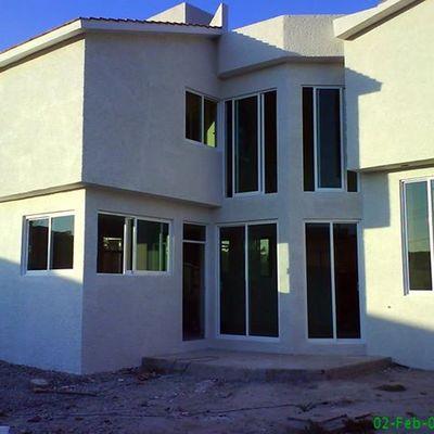 ventanas en general, en casa playa