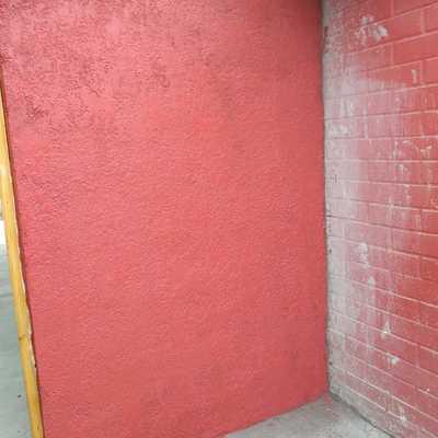muro con puerta