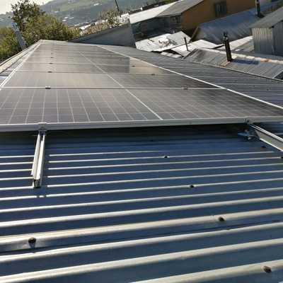 Paneles solares en Colegio