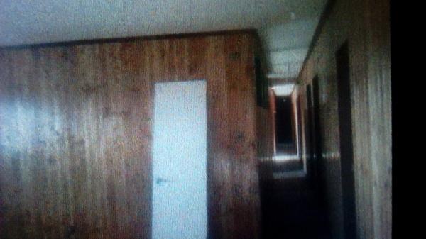 Foto barniz y pintura de puertas de pintores arriagada for Pintura para puertas