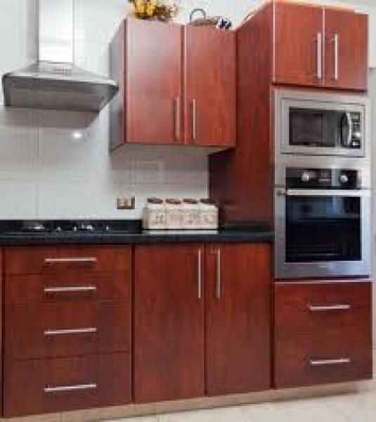 Foto cocina americana en poco espacio de ibm muebles - Mobiliario de cocina precios ...