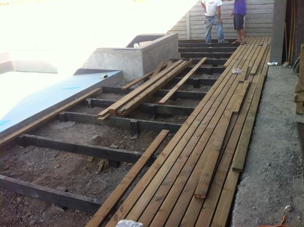 Foto Deck Madera De Constructora Plano Cubico 33035