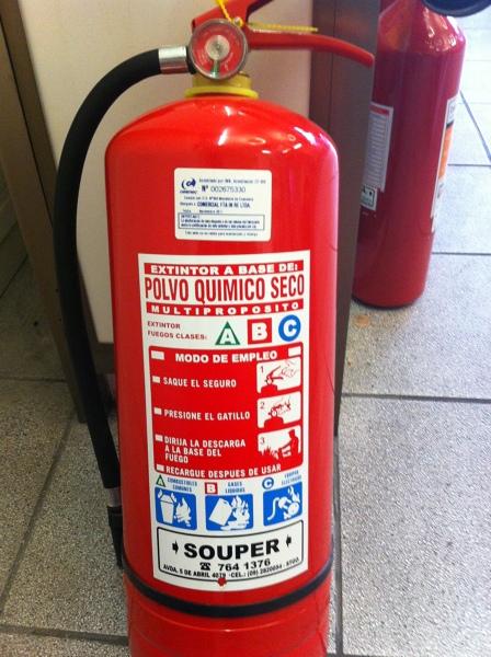 Foto extintor tipo pqs 10kg de extintores souper 51982 for Pqs piscinas y consumo