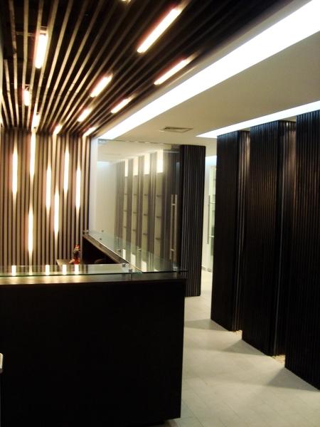 Foto oficinas abogados asociados de g 4 arquitectos for Oficinas de abogados decoracion