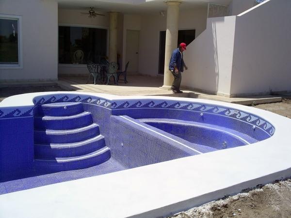 Foto piscina 8x4 de regio aqua 9223 habitissimo for Piscina 8x4 profundidad