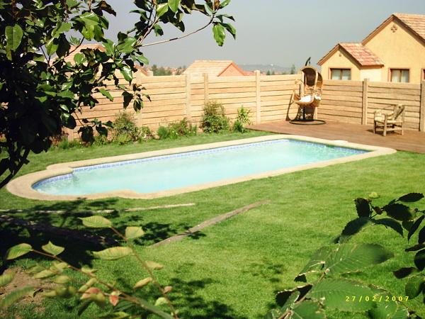 Foto piscina tipo romana de piscinas renato rauld eirl for Piscinas tipo alberca