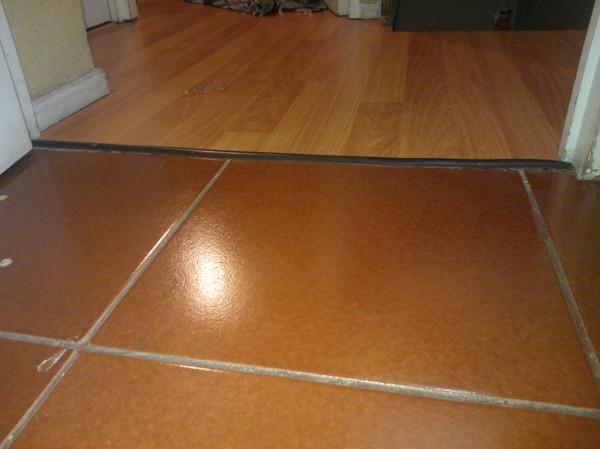 Foto pisos ceramicos de rad prevencion de riesgos for Pisos ceramicos