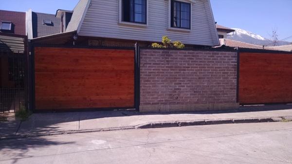 Foto remodelaci n muro exterior casa de engineer pedreros - Muro exterior casa ...