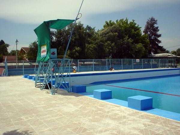 Foto reparaci n de piscina municipal de la florida de for Reparacion de piscinas