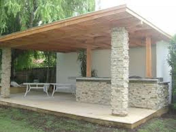 Foto terraza con techo en voladizo de obras menores en Fotos de techos para patios