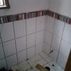 Reparación de 2 baños tiene fugas de agua en ambos