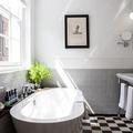 Baño con azulejos en pared