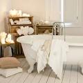 baño con velas blancas