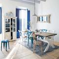 Living con detalles en azul