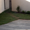 Frontis de la Casa con pasto