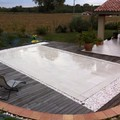 piscina con piso móvil