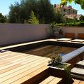 piscina con fondo móvil en madera