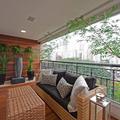 Terraza con piso deck