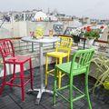 terraza pequeña con decoración colorida