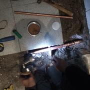 Arreglo de una filtración de cañería de 3/4 agua caliente en losa.