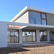 Casa de dos pisos construida