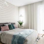 Dormitorio bien iluminado