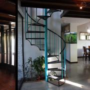 Hall de acceso: antes y después