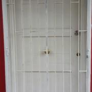 Protecciones de Puertas Principales, laterales, Ventanas y Rejas.