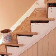 Pulido y preparación de escaleras.