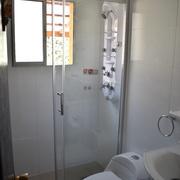 receptáculo en obra y mampara de ducha